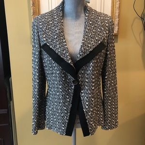 St John Black Label sz 10 Jacket NWT